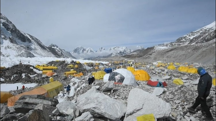 Mount Everest climbers evacuated after getting sick