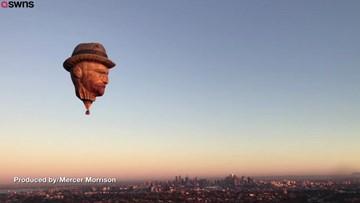 Dutch Company Creates Vincent Van Gogh Hot Air Balloon To Promote Balloon Festival!