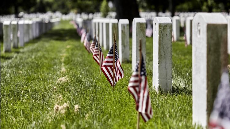 flags graveside veterans