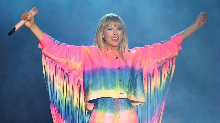 Taylor Swift is about to release a Christmas song that she literally just wrote