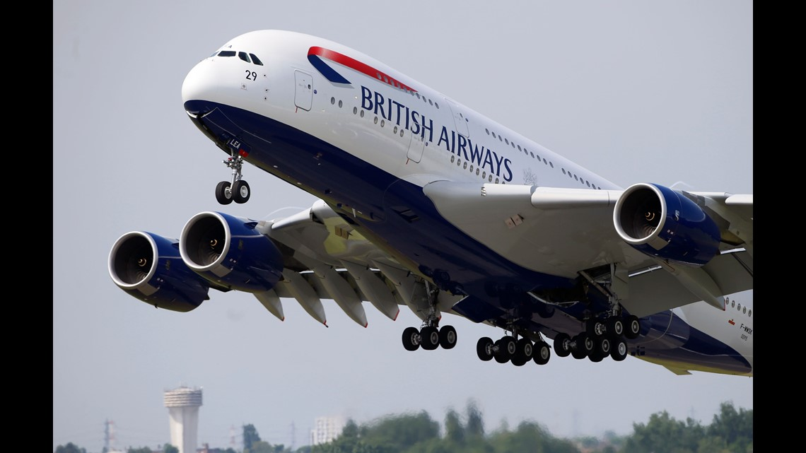 9556ba331f88 A British Airways Airbus A380 aircraft performs its demonstration flight  during the first day of the 50th Paris Air Show on June 17