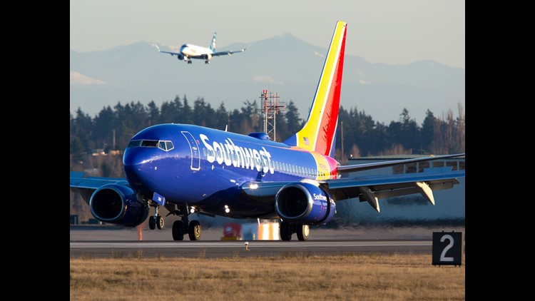 NTSB: Engine cowling broke window on deadly Southwest flight