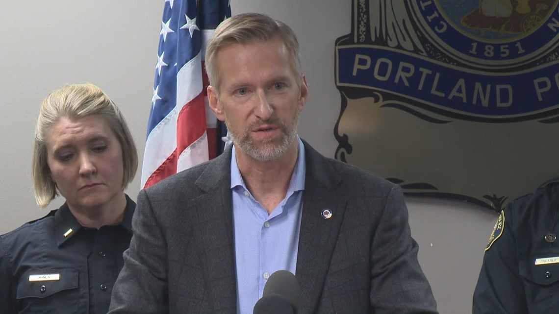 Portland Mayor Ted Wheeler commends police for 'exemplary' response during protests