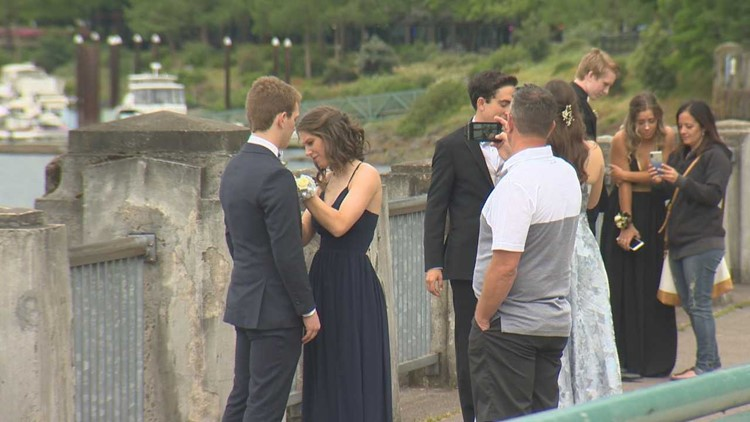 Parkrose High School students at Waterfront Park before getting on the Portland Spirit for prom.