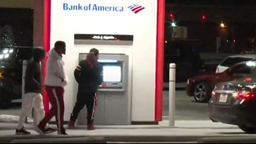 Deputies break up crowd after ATM accidentally gives out $100 bills