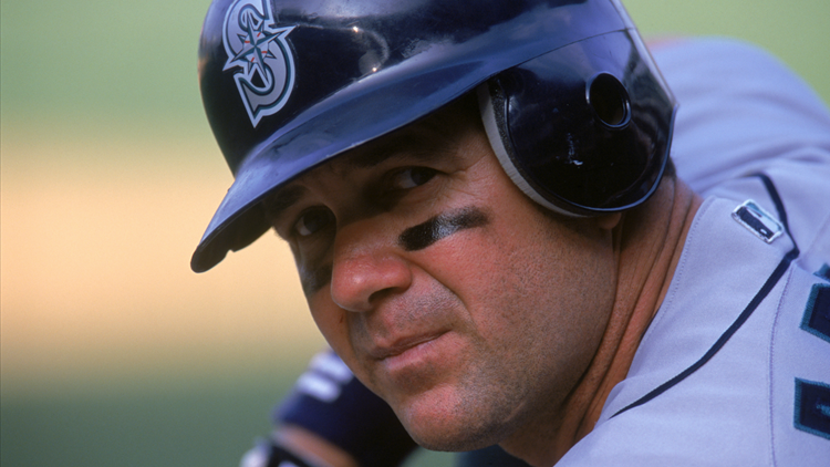 Mariners legend Edgar Martinez off to a good start in early Hall of Fame voting