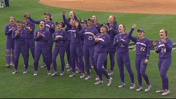 UW Softball drops Game 1 of World Series to Florida State