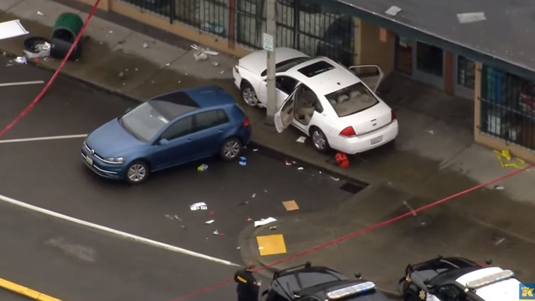 2 people killed, 2 others hurt in shooting near West Seattle
