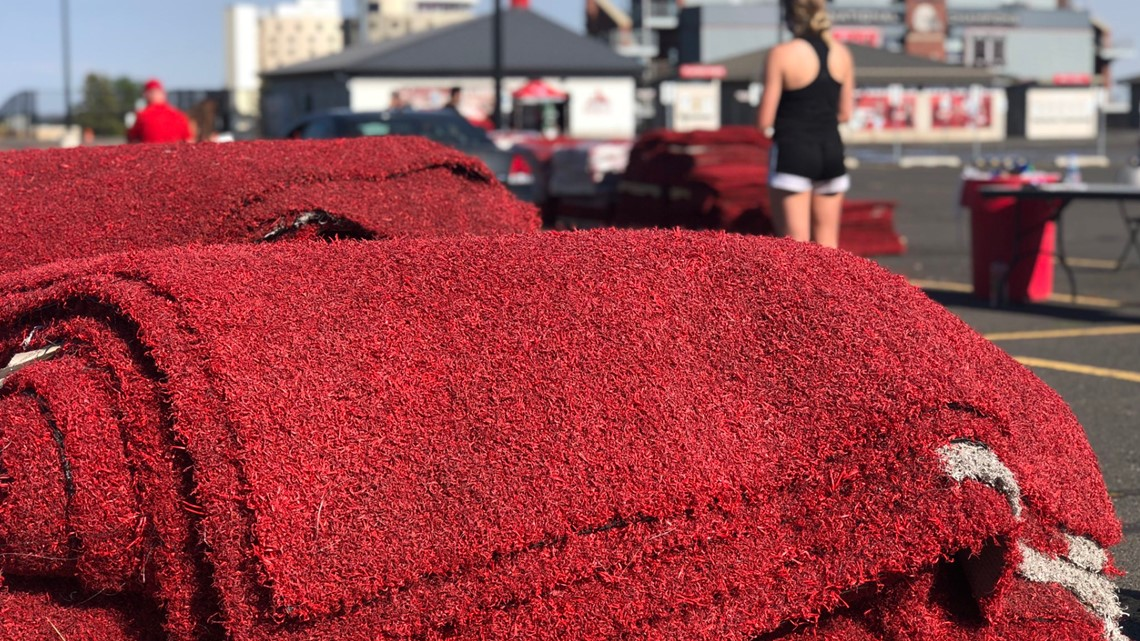 'It's a part of history': EWU fans pick up their pieces of 'The Red'