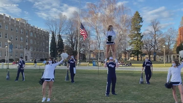 Gonzaga cheerleader talks getting fans hyped for games during the pandemic