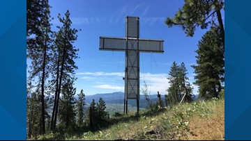 Lights shot out of Colville Mountain cross in Stevens County
