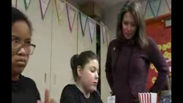 Mother of fallen soldier helps students make cards for Treats 2 Troops