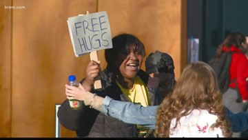 'If you want a free hug, I got you': Counter-protesters respond to Jake Eakin at EWU