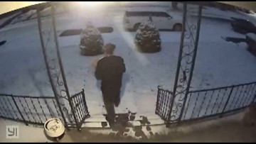 Footprints in snow lead Moses Lake police to package thief