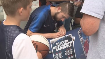 Former Zags embrace hype, Hoopfest qualifying rounds excite crowd