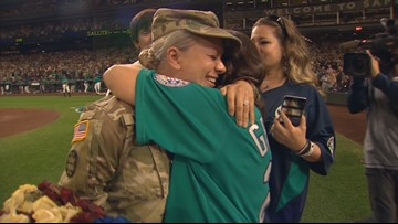 Chehalis soldier surprises family at Safeco Field