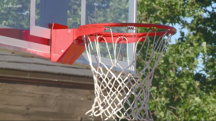 New hoopfest basketball court opened at Riverfront Park