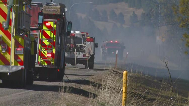 15-acre fire shuts down SR 27 near Valleyford