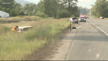 Head-on crash on Hwy 395 kills one, injures three near Colville