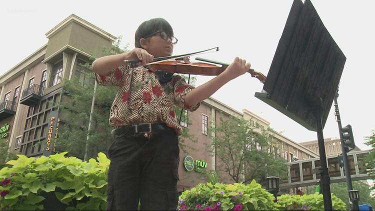9-year-old Spokane violinist draws crowds downtown