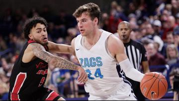 No. 2 Gonzaga pounds Eastern Washington 112-77, eyes No. 1