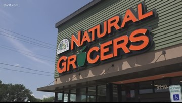 Hundreds line up for opening of Natural Grocers on Spokane's South Hill