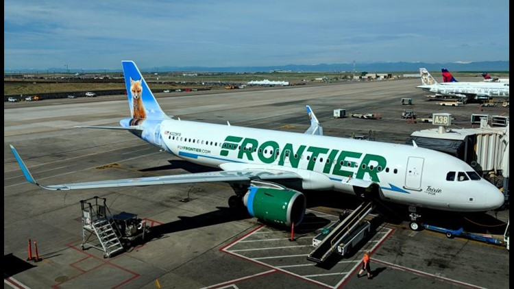 Frontier's Den Deals discount club allows adult members to bring children 14 years of age or younger on a flight free of charge. (Image by Luke. Travel/Shutterstock)