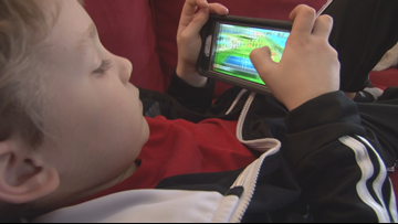 Doctor explains why your kid is addicted to watching other kids play on YouTube