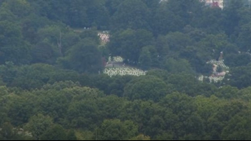 Arlington National Cemetery reopens after bomb threat